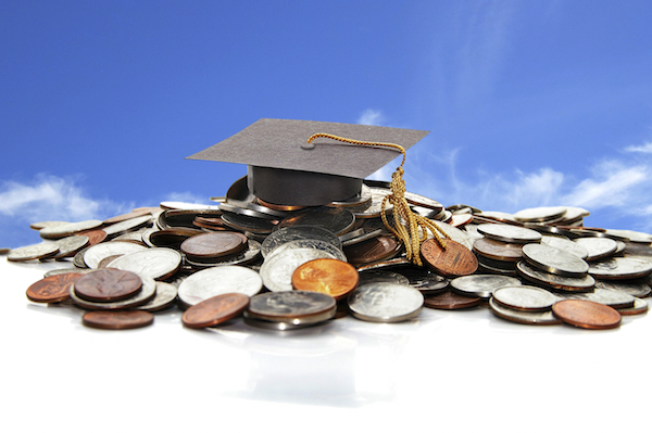 10 Big Money Scholarships with December Deadlines