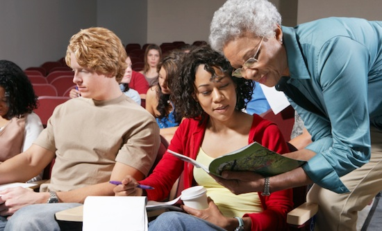 5 Reasons to Take a Management Course in College