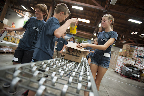 5 Things That Happen When Teens Volunteer