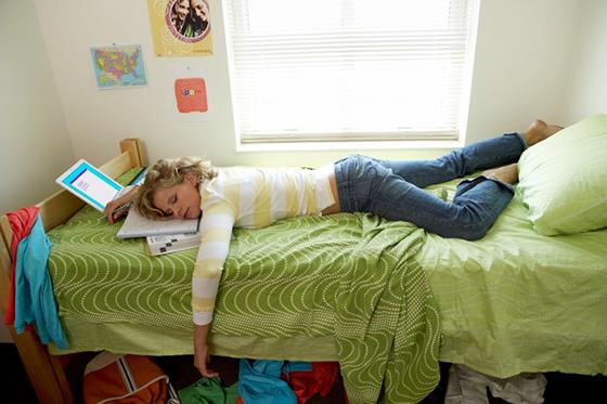 Good Sleep Habits In College