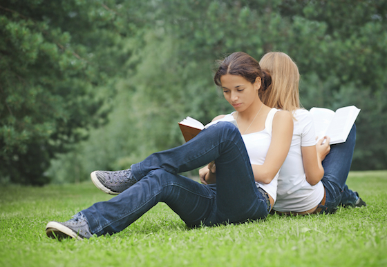 Guiding Your Teen Toward Summer College Prep