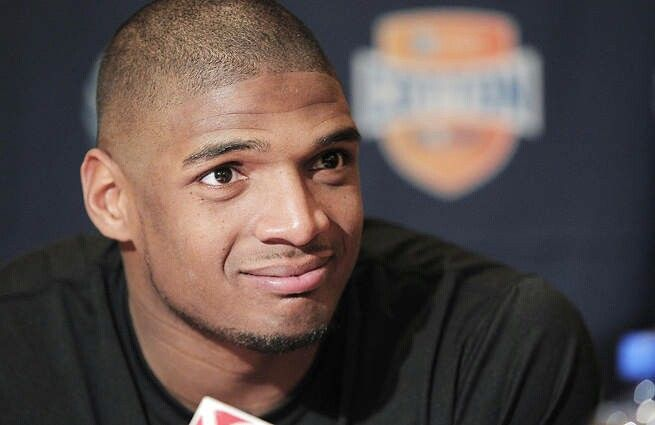 Michael Sam: Why Coming Out Is a Big Deal