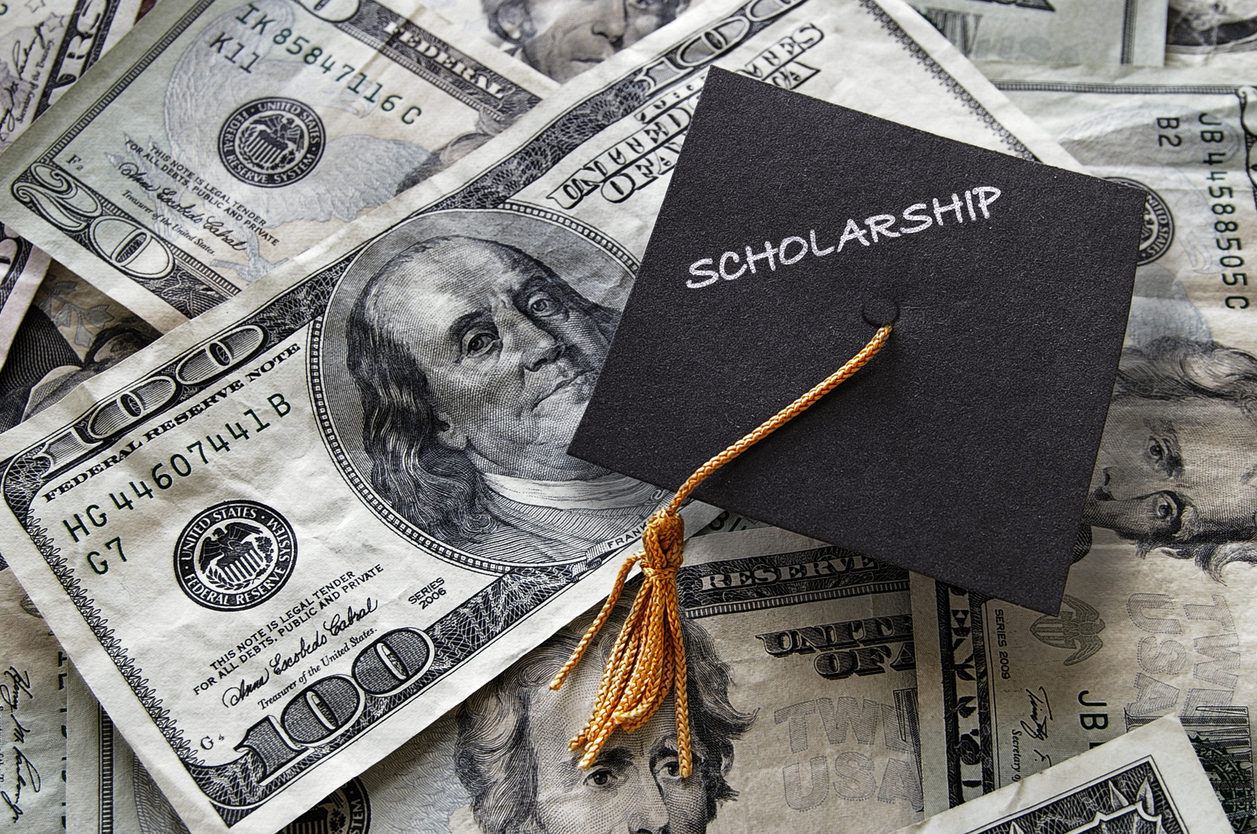 Scholarships For College >> Why College Scholarships Should Be A Top Priority