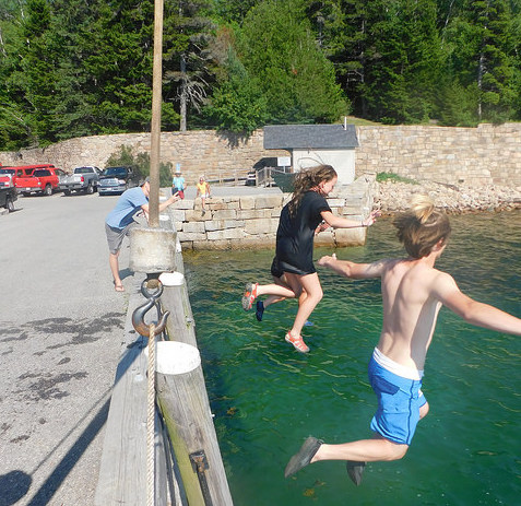 Summer Program - Geology | Acadia Institute: Advanced Marine Science Camp Program