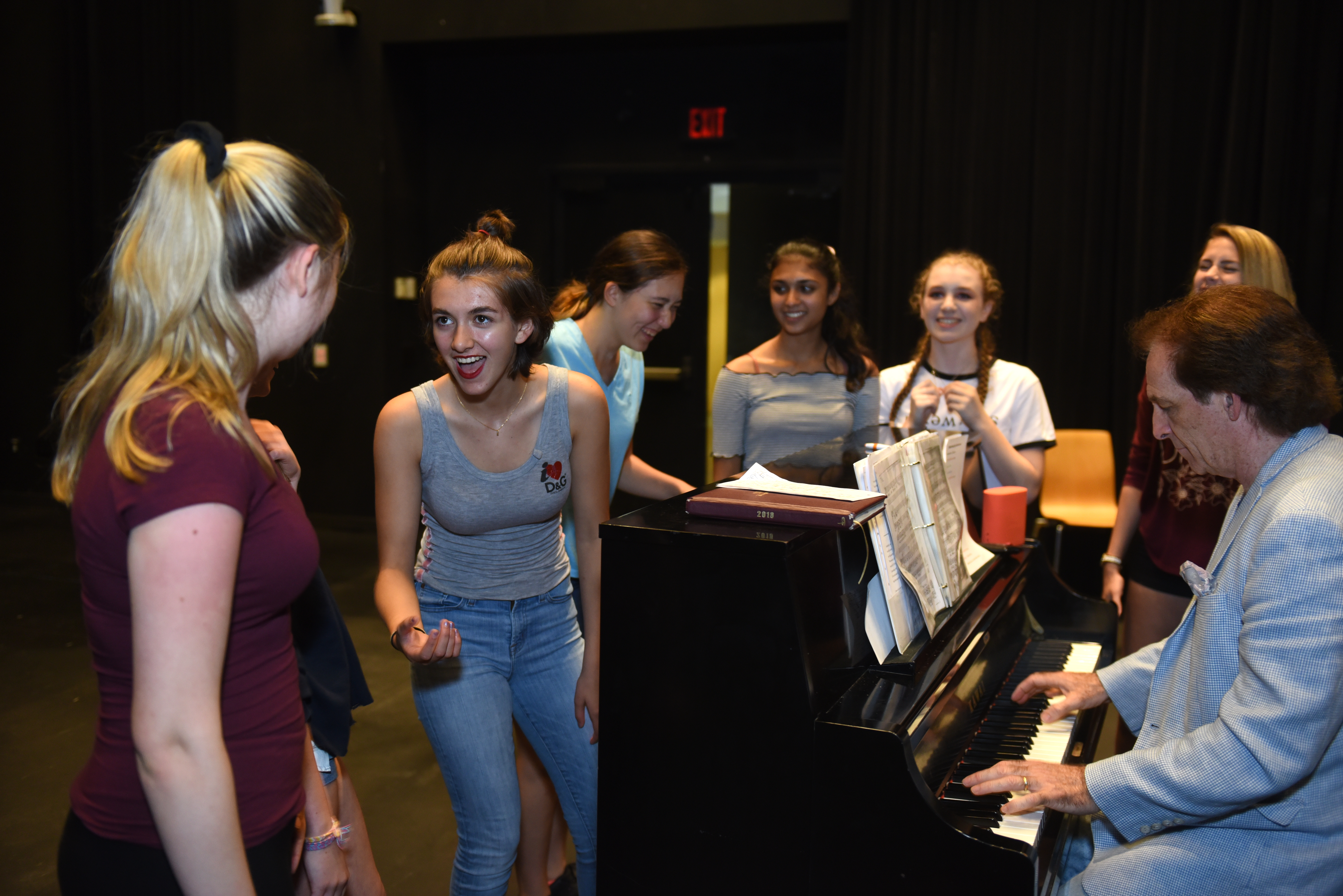 Summer Program - Communications | Adelphi University Summer Pre-College Programs