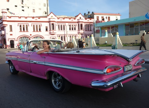 Summer Program - Study Abroad | Pre-College at CET Cuba: Cuban Healthcare and Education
