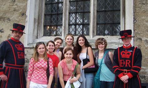 Summer Program - Study Abroad | AIFS Gap Year & High School Study Abroad Programs