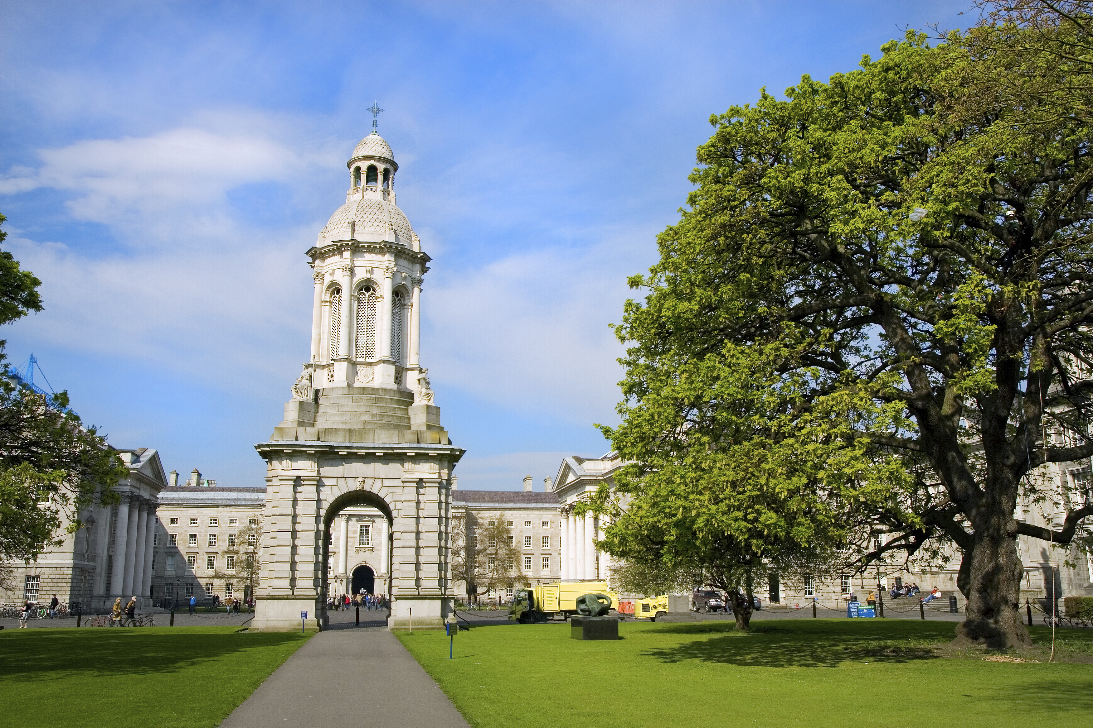 Summer Program - Science | API High School: Walton International STEM Experience at Trinity College, The University of Dublin