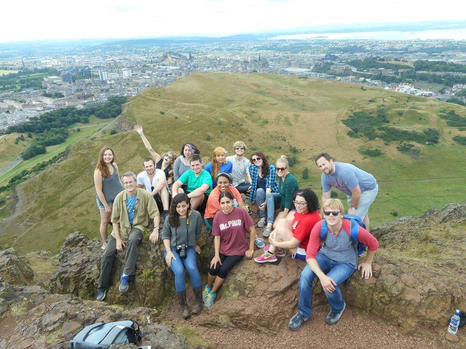 Summer Program - Internships   API International Internships: Intern in Dublin, Edinburgh, Santiago, and Seville
