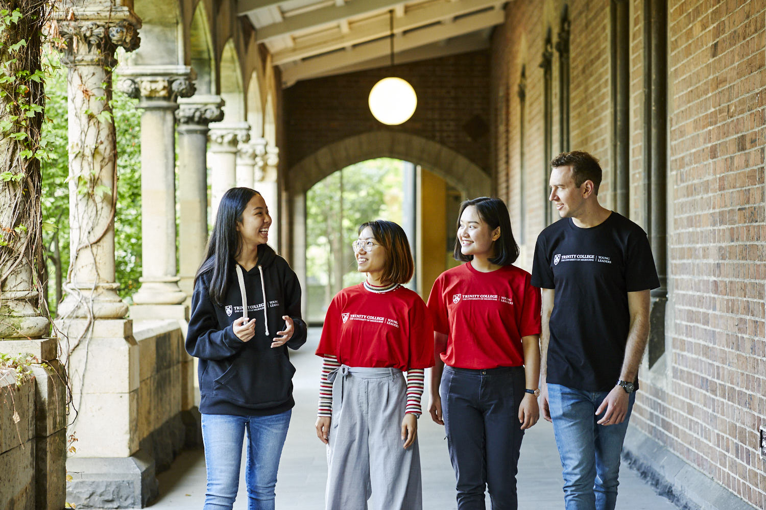 Summer Program - Teaching | Australia's University of Melbourne Young Leaders Program