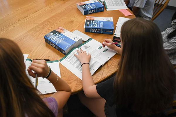 Summer Program - STEM | Belmont Hill Summer School: SAT Prep Courses