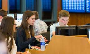 Summer Program - Economics | Bentley University: Wall Street 101 Summer Program