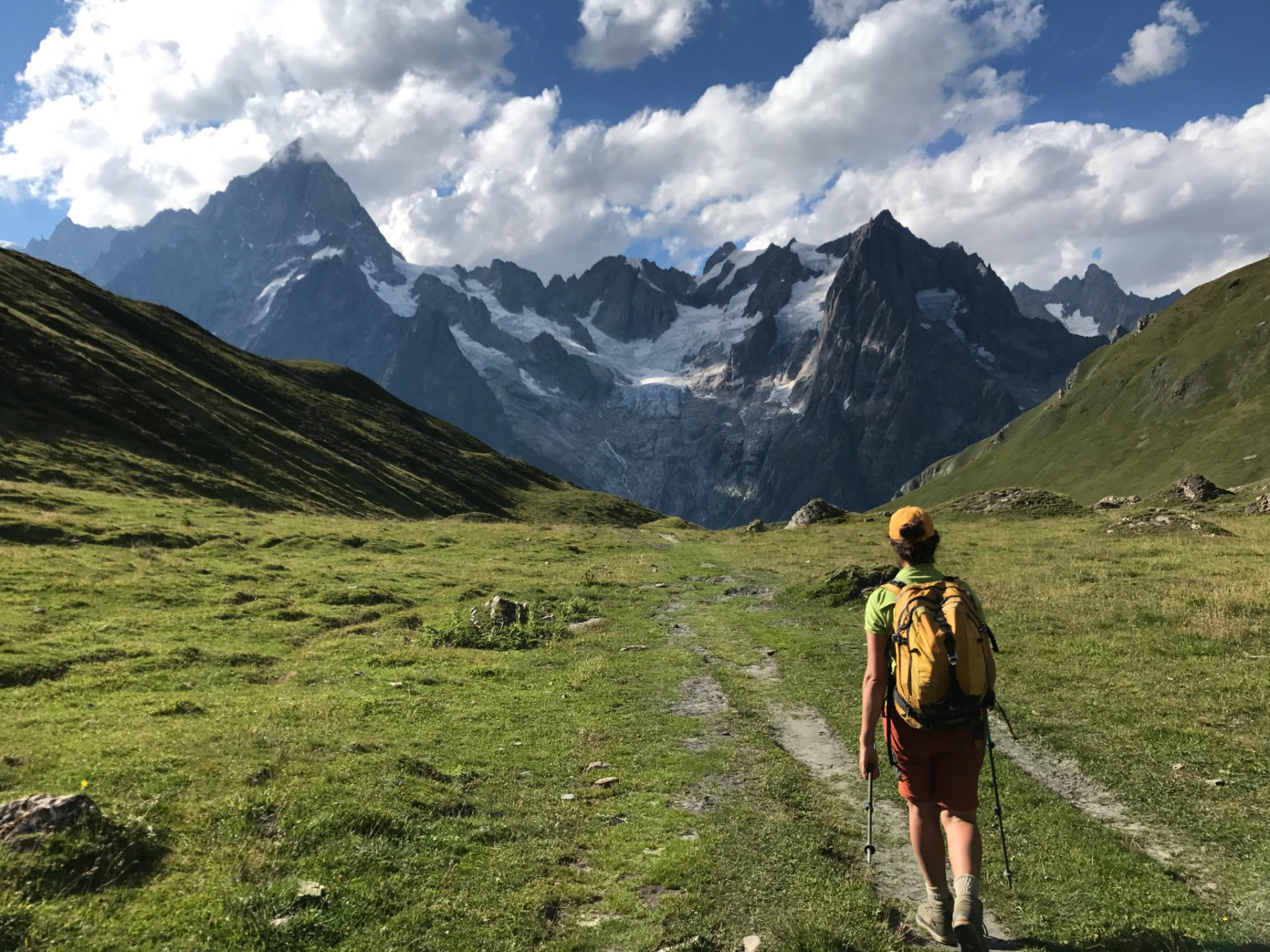 Summer Program - Hiking | Bold Earth Adventure Camps: Bold Alps