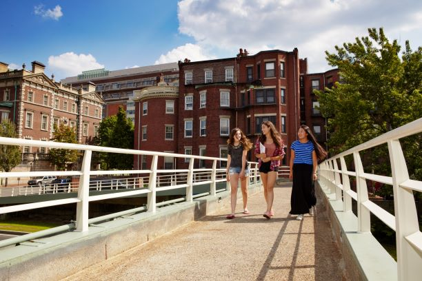 Summer Program - College Experience | Boston University: Summer Preview