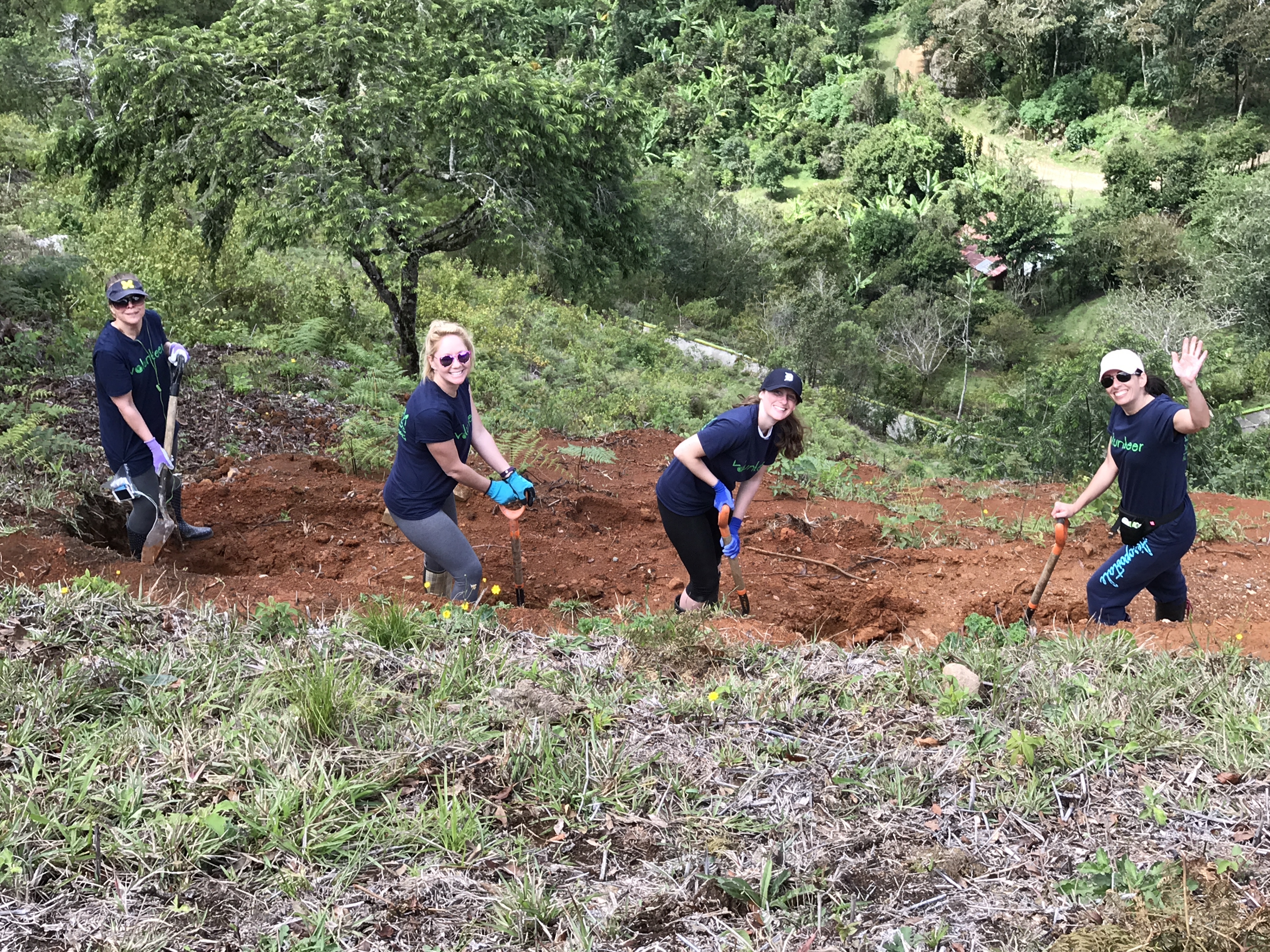 Summer Program - Community Resources | Costa Rica High School Summer Service July Trip by Dream Volunteers