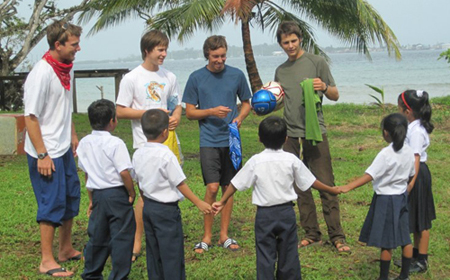 Summer Program - Study Abroad | Outward Bound Costa Rica