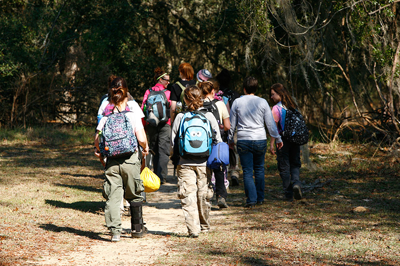 School - E-Nini-Hassee: Outdoor Therapeutic School for Girls  6