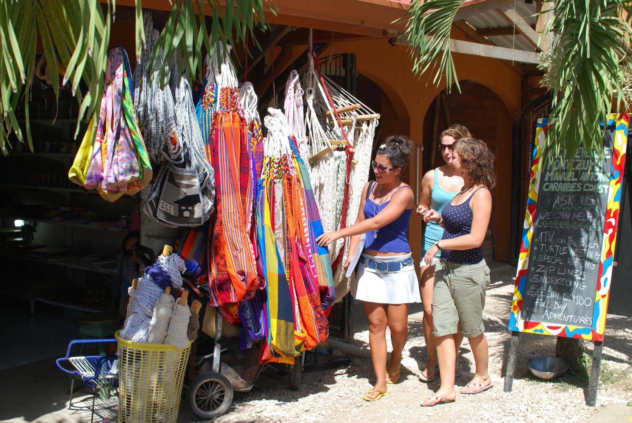 Gap Year Program - EF Language Year Abroad in Playa Tamarindo, Costa Rica  3
