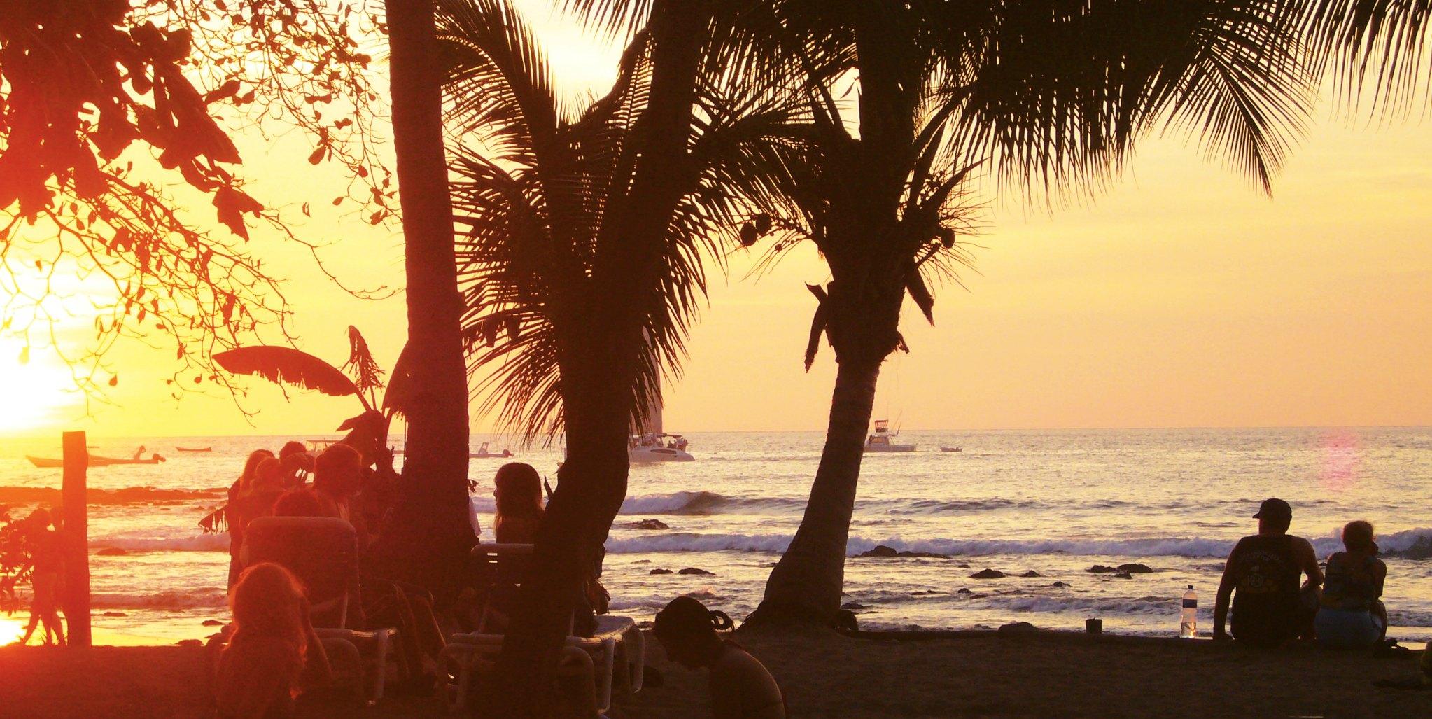Gap Year Program - EF Language Year Abroad in Playa Tamarindo, Costa Rica  1