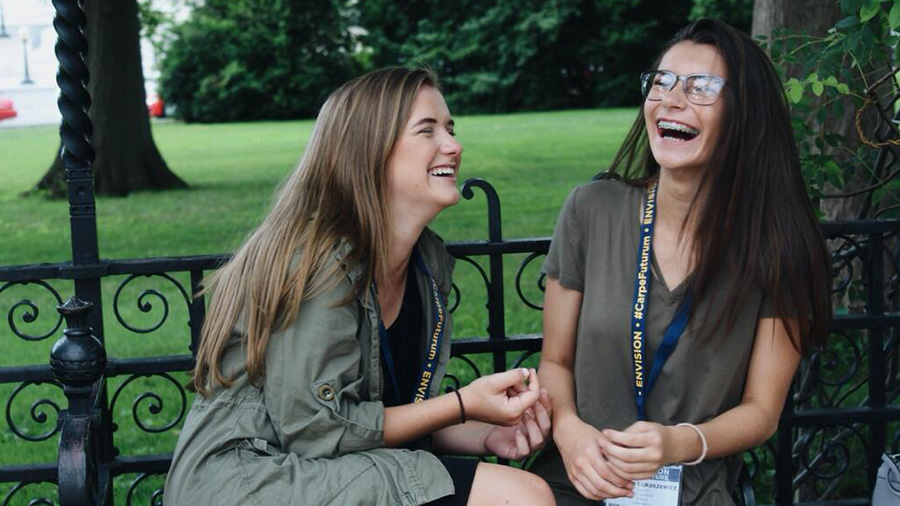 Summer Program - Pre-College | Envision Education Programs - Learn More About Our Experiential Programs