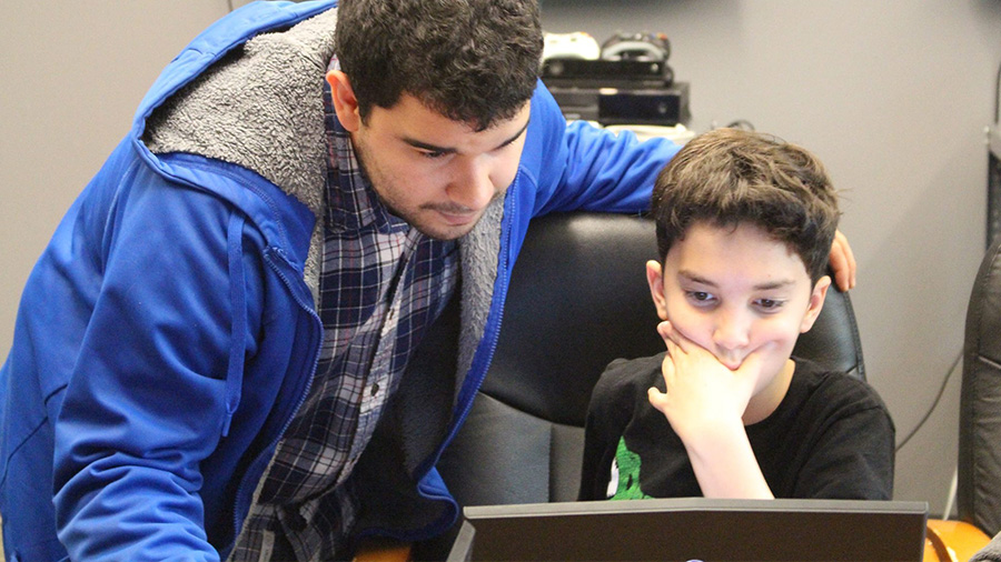 Summer Program - Electronics | Envision Game & Technology Academy at George Mason University