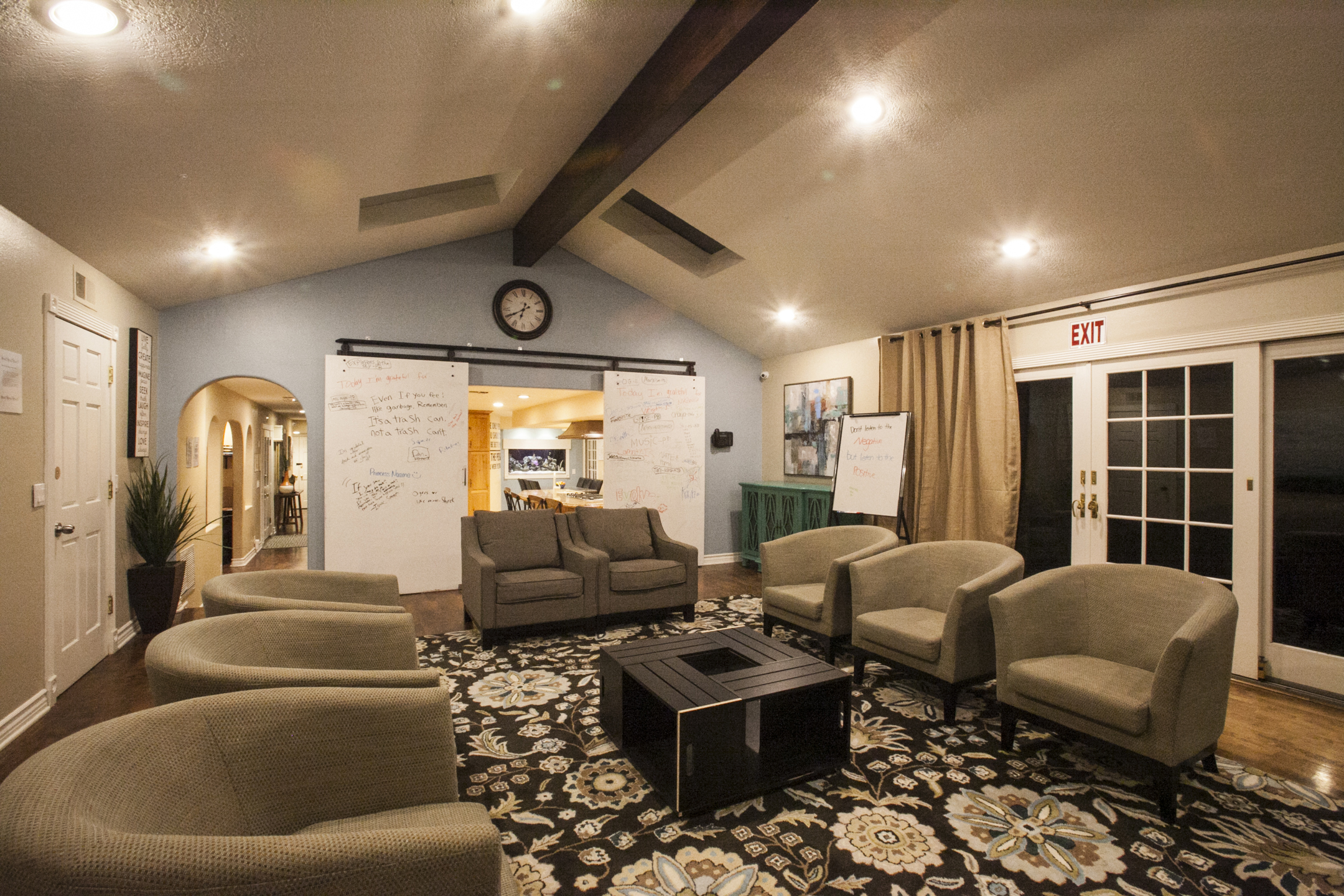 Business - Therapeutic   Evolve Treatment Centers