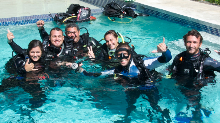 Gap Year Program - Gapforce Expedition Dive Instructor Training  6