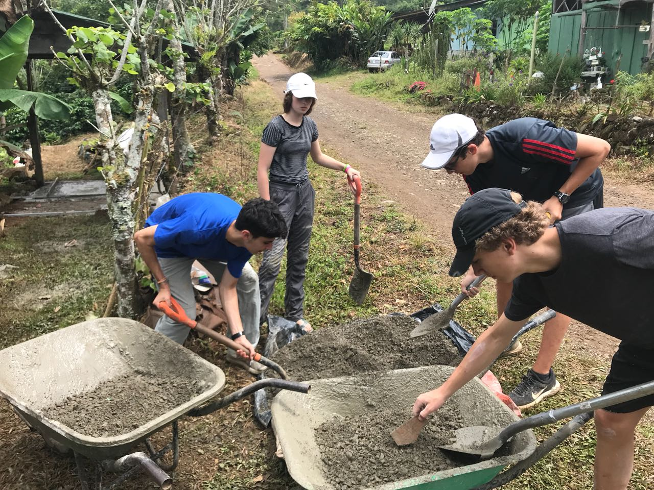 Summer Program - Preserving the Environment | Global Works - Costa Rica: Language & Leadership
