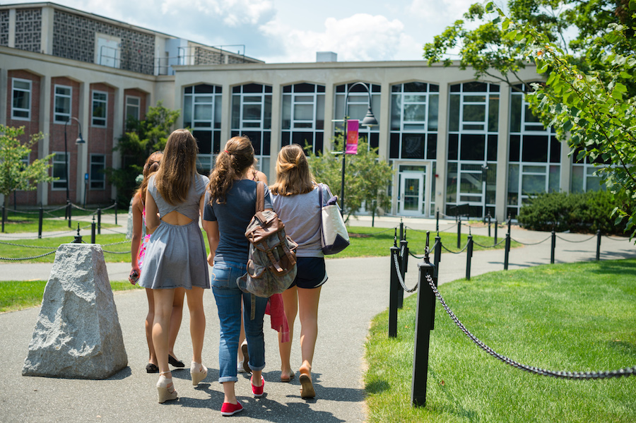 Summer Program - History | Smith Precollege Summer Programs - Women, Gender and Representation