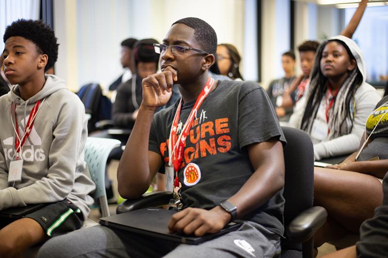 Summer Program - Science | Illinois Tech Online Pre-College STEM Programs