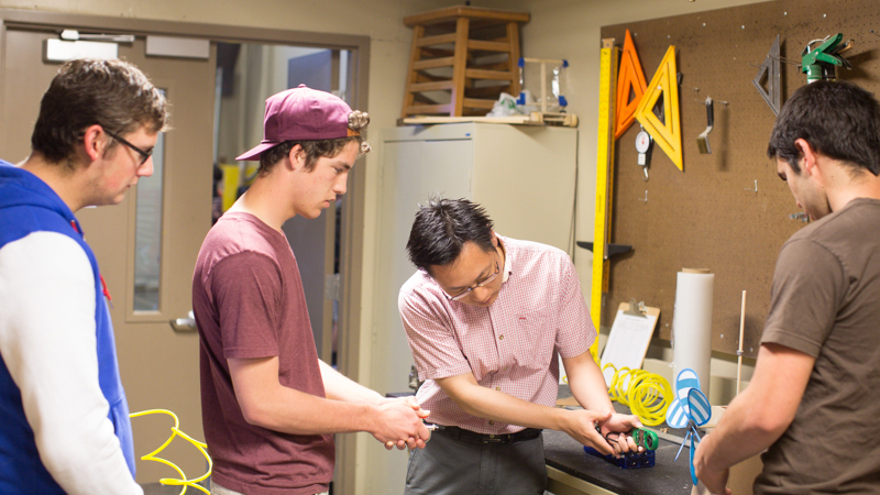 Summer Program - Engineering | John Brown University: Engineering Summer Academy