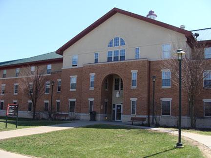 College - La Roche College  4