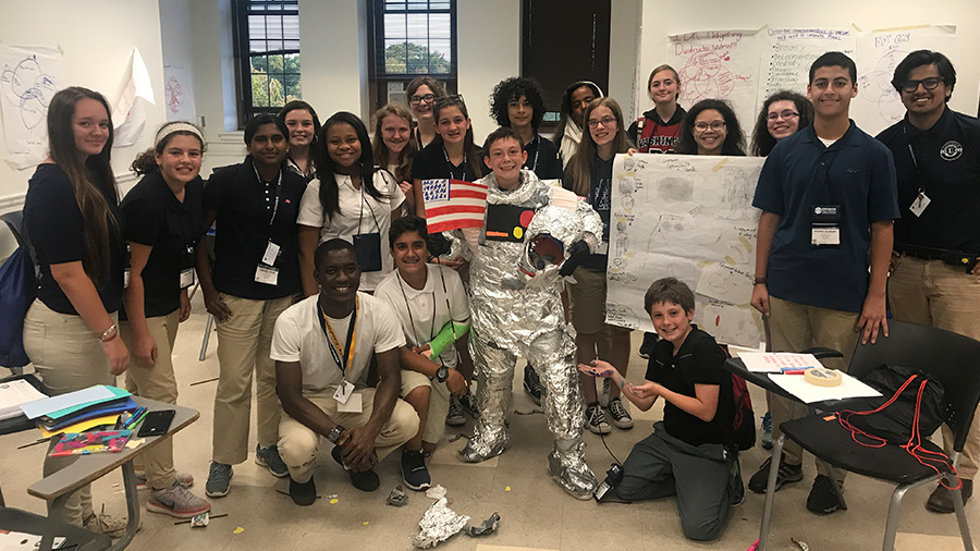 Summer Program - Aerospace | Envision - National Youth Leadership Forum: Explore STEM at University of Texas