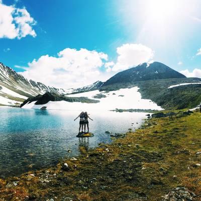 Summer Program - Hiking | NOLS Alaska Backpacking and Sea Kayaking – 16 and 17 Only