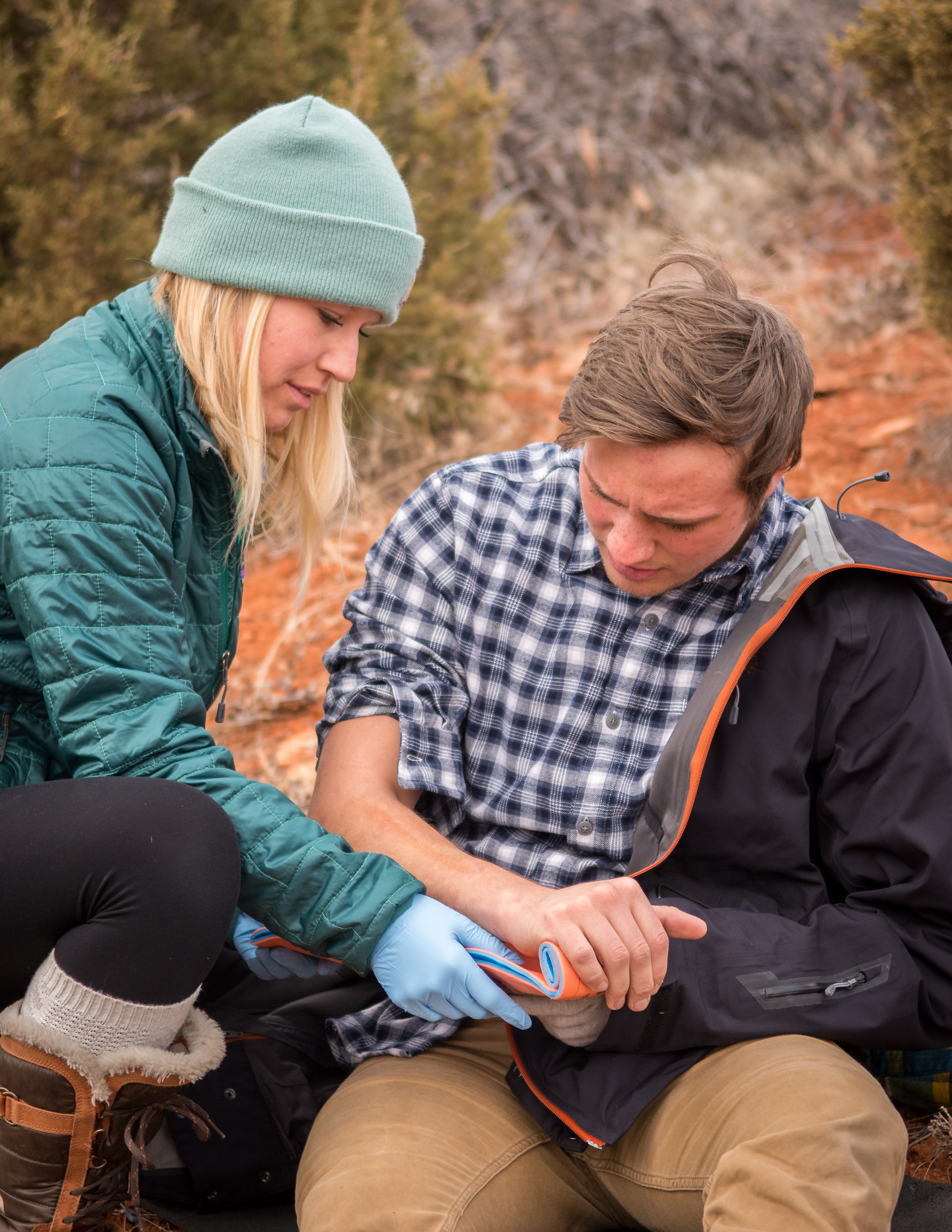 Business - Health & Fitness | NOLS Wilderness First Aid (WFA)