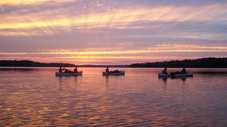Summer Program - Canoeing | Outward Bound