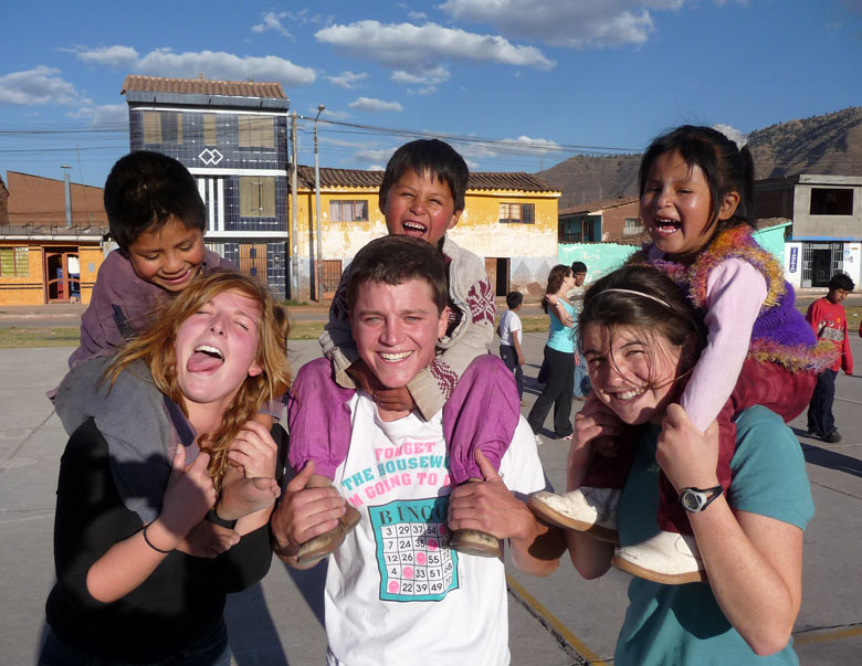 Summer Program - Group Travel | Pacific Discovery: Peru Summer Program