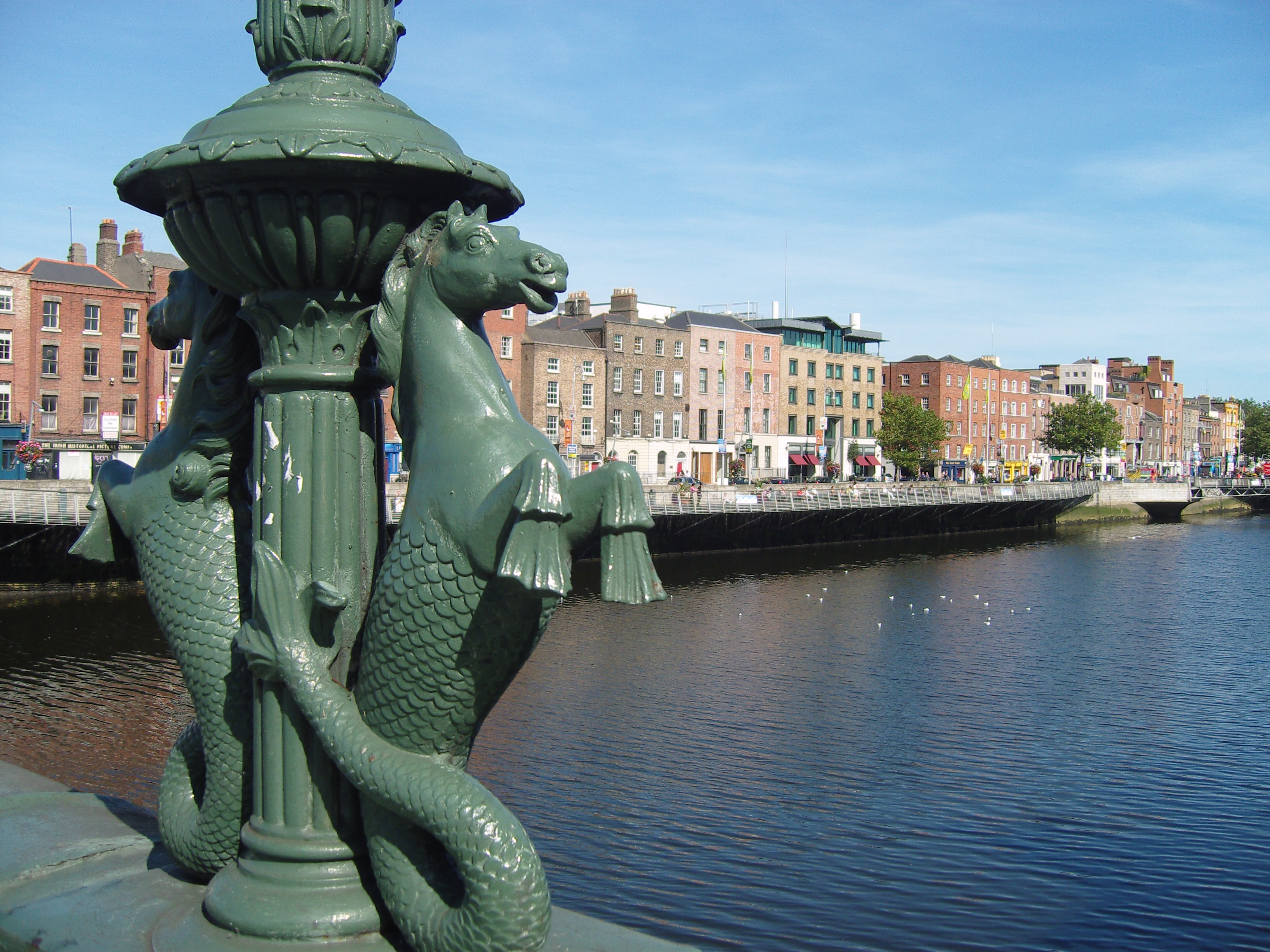Summer Program - Group Travel | Pre-College at CET Ireland: Dublin as a Global City