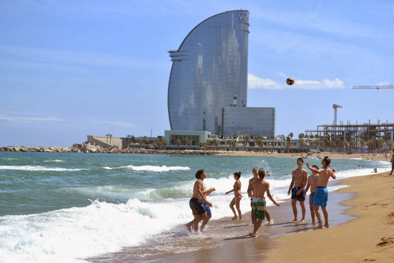 Summer Program - Pre-College | Putney Student Travel: Pre-College Barcelona