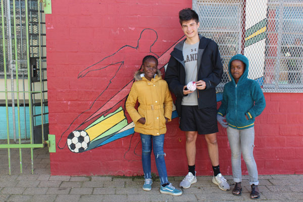 Summer Program - Literacy and Education | Putney Student Travel: Community Service Program in South Africa