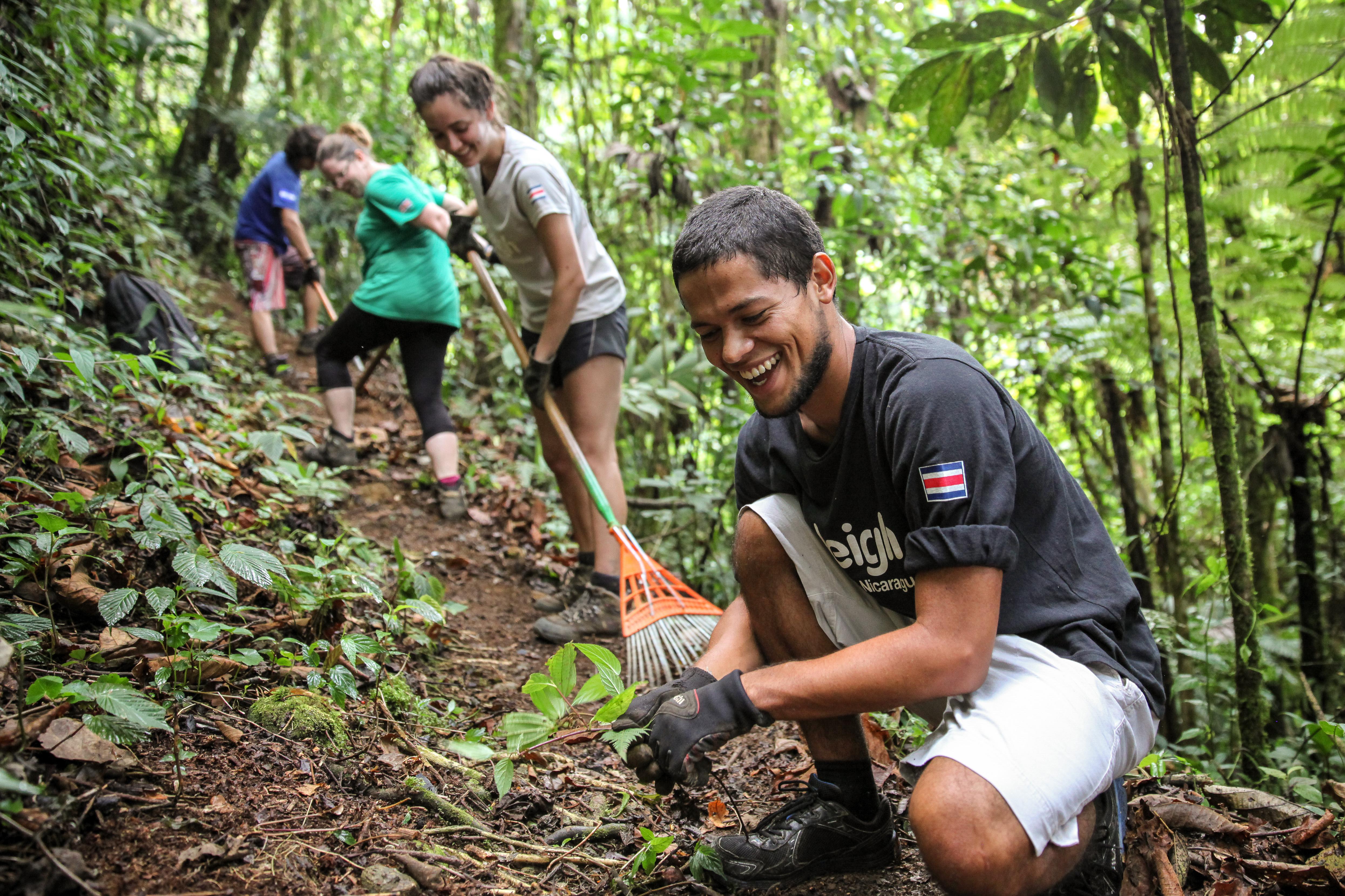 Gap Year Program - Volunteer abroad in 2020: 5 week Raleigh Expeditions in Nepal and Costa Rica (Nov-Dec 2020)  3