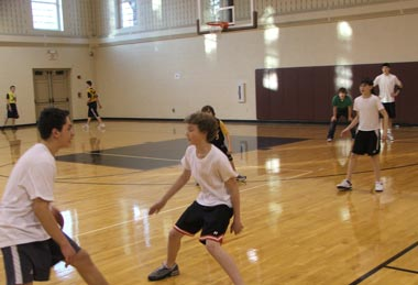 Summer Program - Basketball | Roxbury Latin Basketball Clinic
