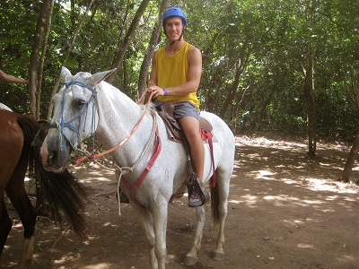 Summer Program - Adventure/Trips | SPI High School Summer & Community Service Programs in Costa Rica