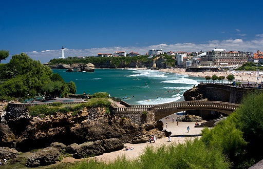 Summer Program - Travel And Tourism | SPI High School Summer Programs for College Credit in Biarritz, France