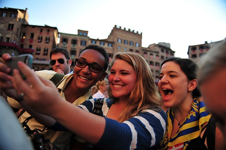 Summer Program - Group Travel | SPI High School Summer Programs for College Credit in Siena, Italy