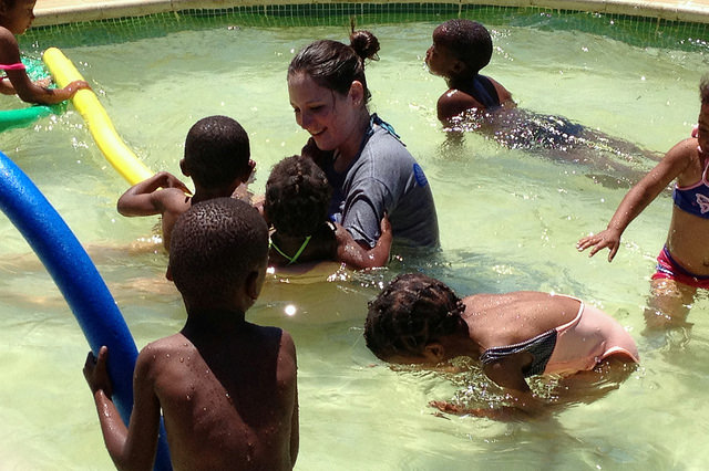 Gap Year Program - United Planet's GAP YEAR/6-month+ Service Learning in South Africa  1