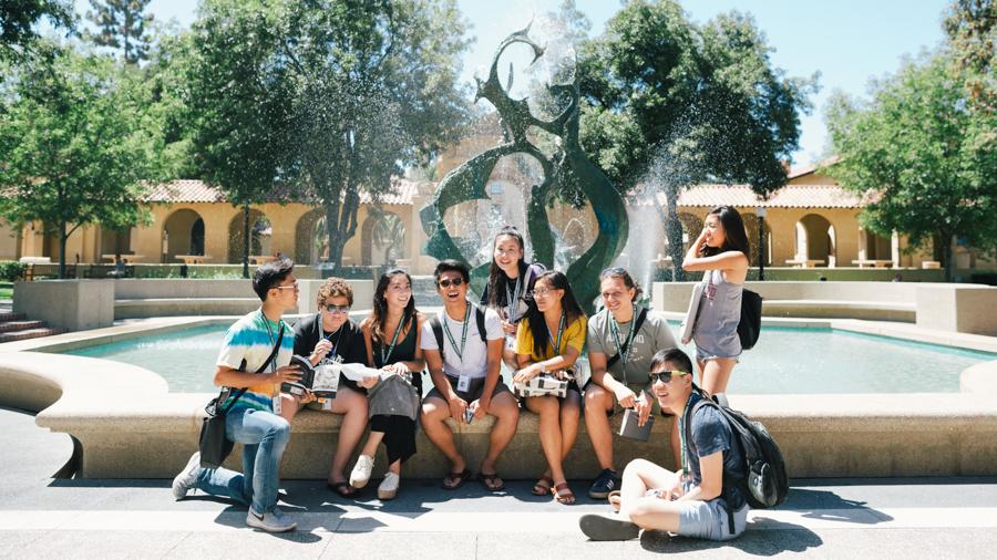 Summer Program - Reading | Stanford Summer Humanities Institute