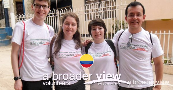 Summer Program - Animal Rights and Rescue | Summer Abroad in Social & Conservation Programs with A Broader View Volunteering