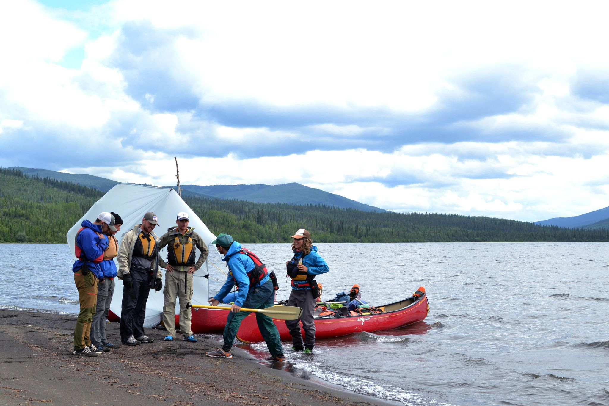 Summer Program - Canoeing | NOLS Summer Semester in the Yukon