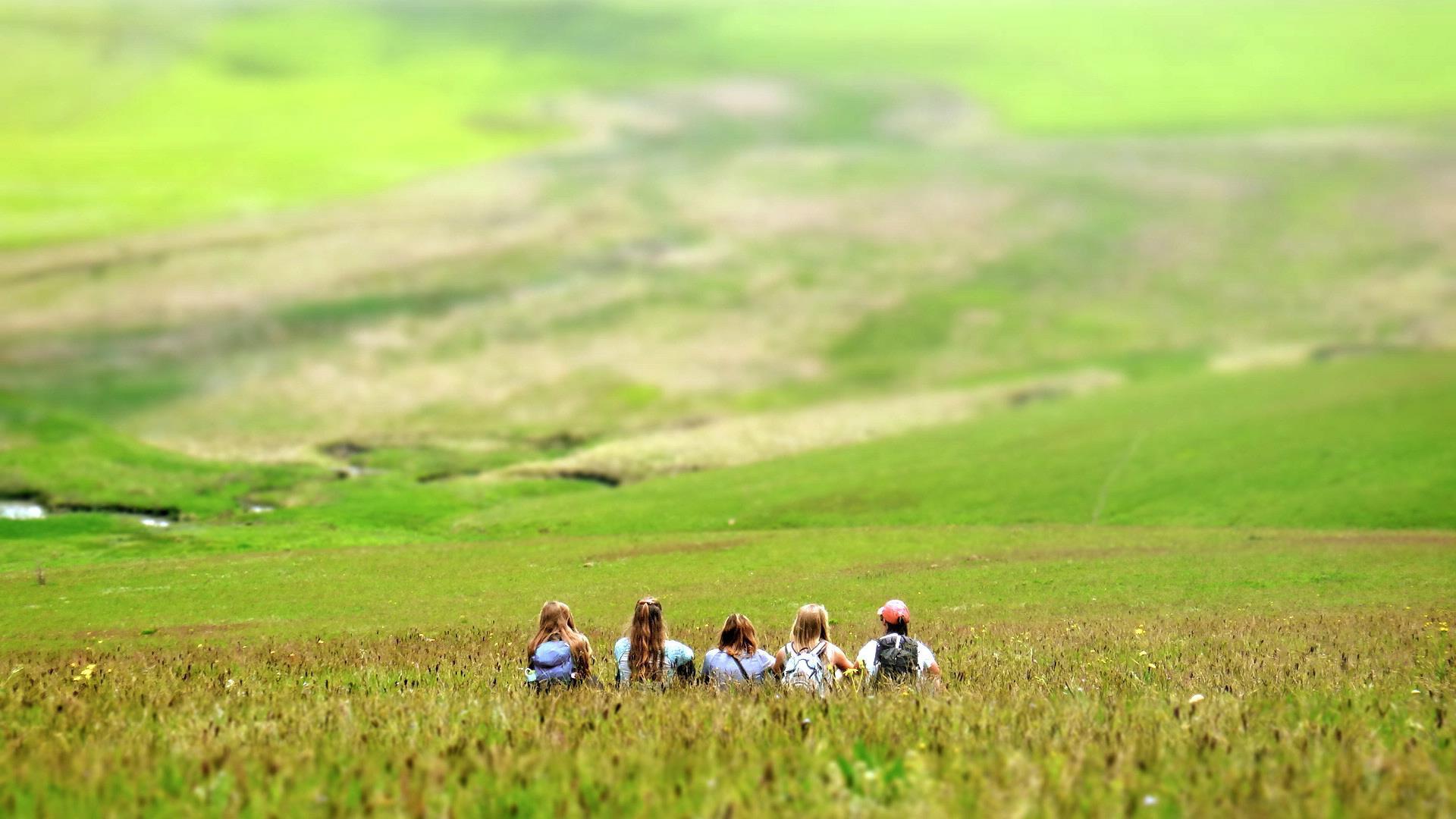 School - The Traveling School  1